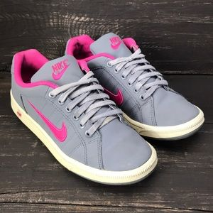 Nike Court Tradition 2 Size 7.5